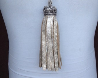 Crown Tassel Necklace