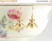 15%OFF SALE Tiny Golden Bee Earrings, Vintage Bee Earrings, Bumble Bee, Honey Bee Jewelry, Nature Inspired, Garden Inspiered