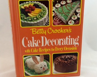Vintage Betty Crocker Cookbook, Cake decorating cookbook