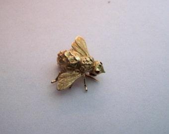 14K Gold Fly