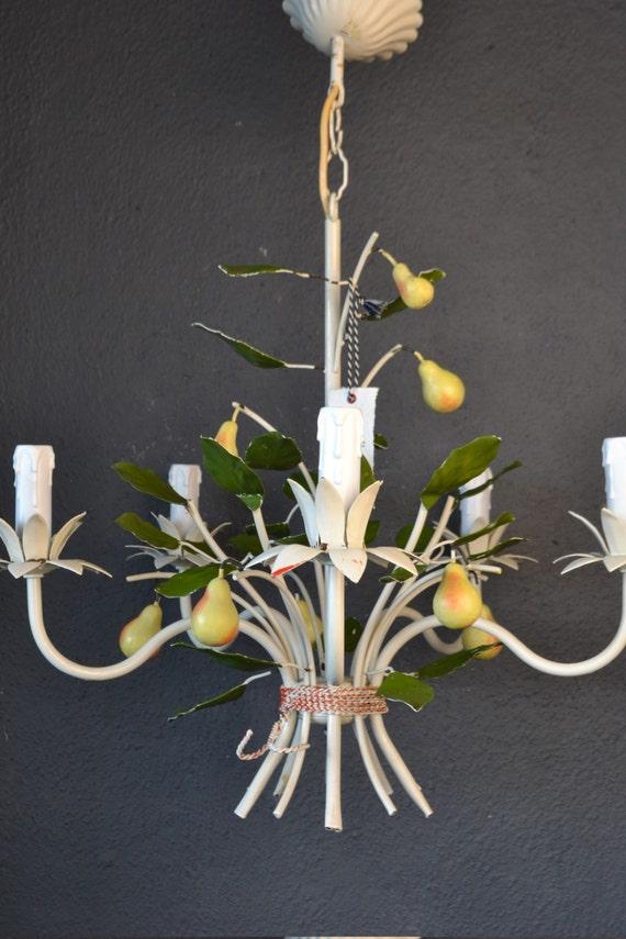 Tole chandelier with pear (5 light bulbs)