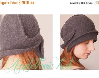 On sale Grey felt cloche vintage style handmade hat Women 1920s style