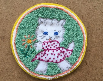 Vintage hand embroidered kitten patch