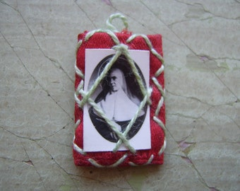 A Vintage Religious Charm/Token - Photograph in Satin & Thread Frame - Naive Art/Folk Art.