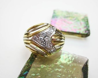 1960s Dome Ring, 2 Tone 18K Gold & 9 Genuine Diamonds, Hand Crafted, Ex. Condition, Florence, Italy.