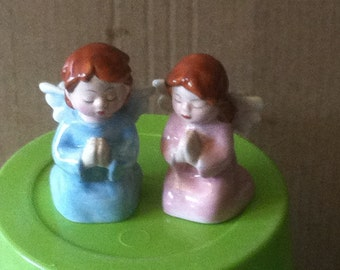 Precious Angel Children Salt & Pepper Shakers Kneeling to Pray