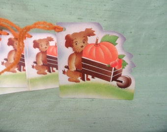 8 bridge tallies  Dog Pumpkin Halloween  / vintage with yarn / bridge tally