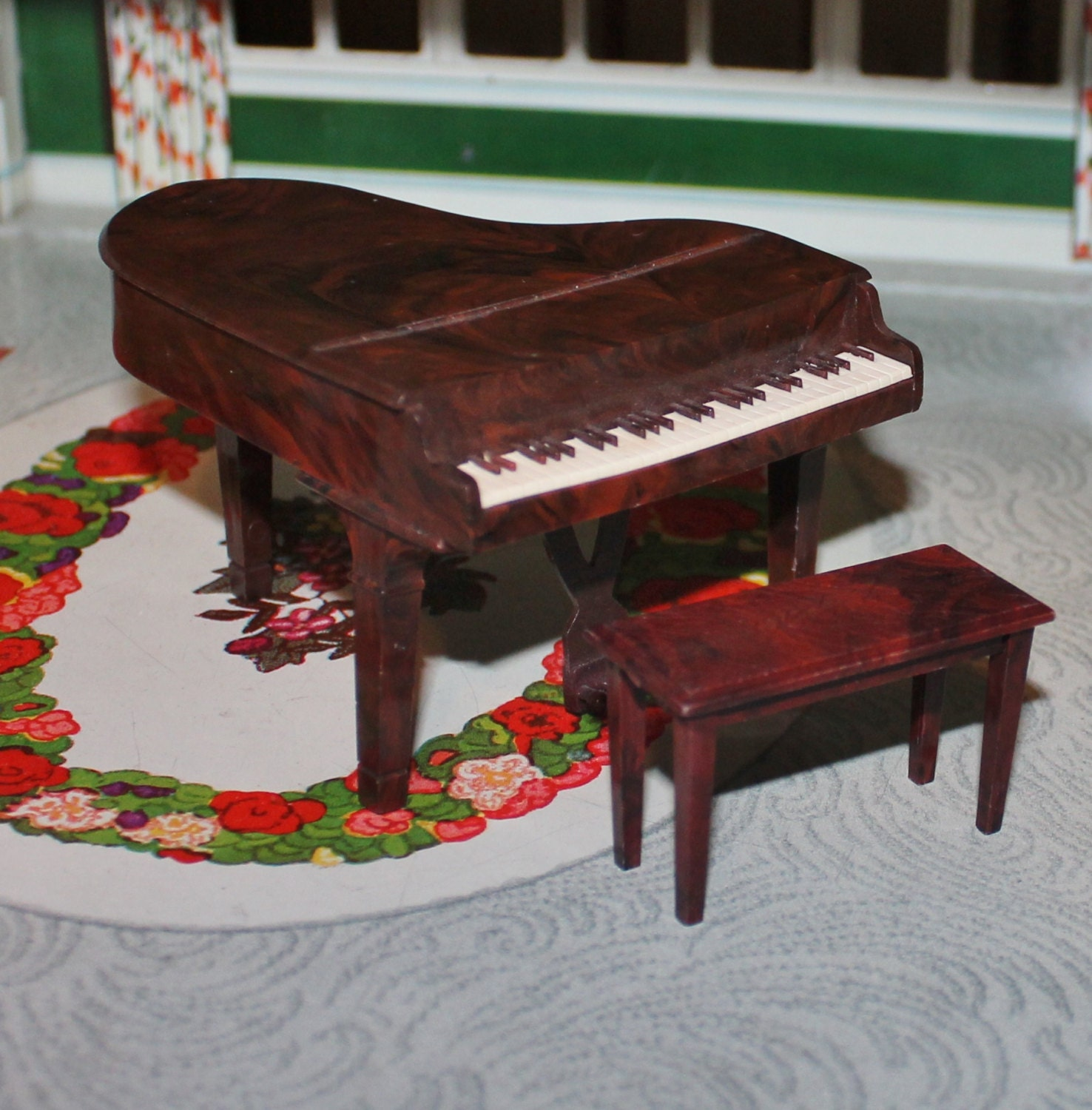 Renwal Grand Piano And Bench Plastic Dollhouse Furniture For