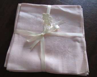 "Unused vintage set of 6 NICHIBO pale pink floral DAMASK NAPKINS made in Japan 15"" x 14.5"" Tc-103"