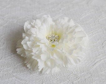 White Flower Bridal Hair Clip, bridal hair accessories, wedding hairpiece, white flower clip, floral wedding headpiece, hairclip - SNOWY