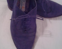 NEW ITEM!  Vintage blue suede womens lace up shoes. Size 8 1/2. Made by Liz Claiborne. Slight wear, but in good condition.