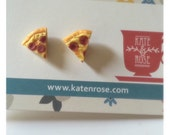 Pizza - pepperoni & cheese - miniature polymer clay stud earrings - Junk food - food jewelry