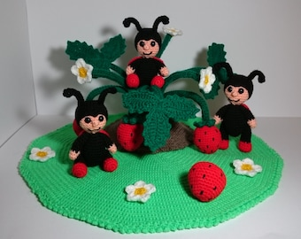 "PDF crochet pattern - pattern ""Ladybug strawberry time"""
