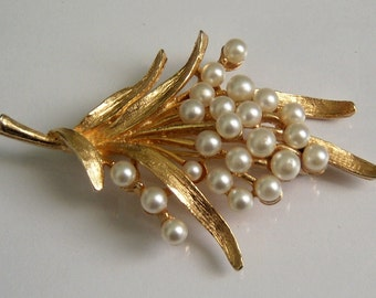 Signed ART Brooch. Faux Pearl Floral Bouquet Brooch.