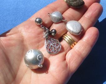 Lot Of Retro Gray Beaded Dangles Bead Gemstone Pendant