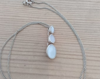 Vintage sterling silver and Mother of pearl pendant and chain