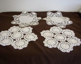 """Vintage Doilies hand crochet. 2 pair 9"""" dia. Centerpice vintage table linens."""