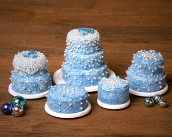 Charming Miniature Winter Cake for Your Dollhouse