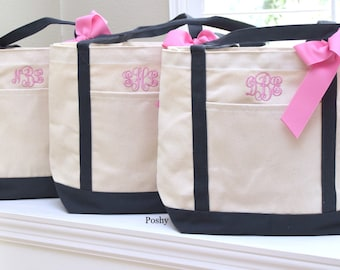 Monogrammed Bridesmaid tote bag, Bridesmaids gift, Bridal Party, Gift for her, Personalized tote