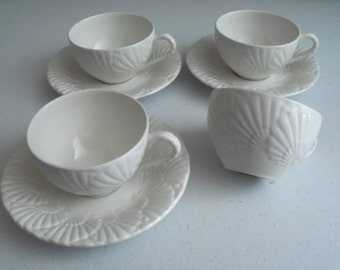 Mikasa Ocean Jewel White Set Of 4 Cups & 3 Saucers