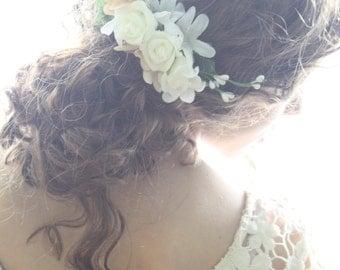 Hair comb Bridal flower hair comb boho white flower comb flower girl hair comb festival flower comb woodland hair comb floral LUNA