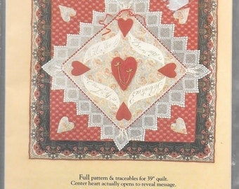 """VICTORIA'S VALENTINE 39"""" QUILTED Wall Hanging Pattern"""