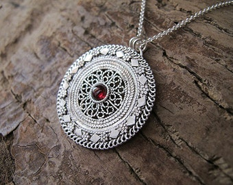 Jewelry,necklaces,Garnet pendant,Garnet Necklace,Garnet silver pendant, Garnet silver necklace,silver necklace,filigree necklace