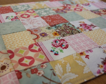 Set of 4 - Patchwork Placemats - Quilted Placemats - Mint and Coral Spring Placemats - Easter - Shabby Chic - Mother's Day Gift
