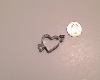 "1.5"" Mini Heart with arrow Cookie Cutter"