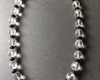 ART DECO BEAD Necklace Glass black white with seperators