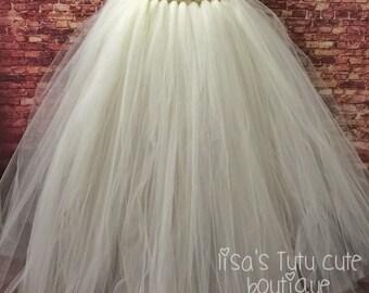 bride tutu, bridal tutu, wedding tutu, bridal photo shoot, bride photo shoot, adult smash cake tutu,