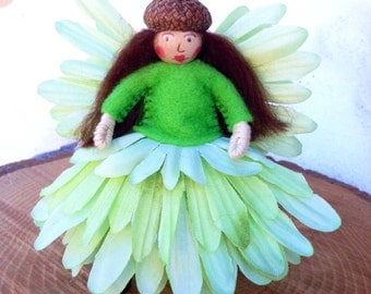 Green flower fairy