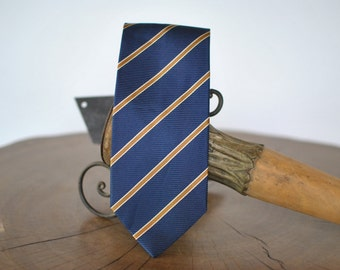 Vintage GIANBELLUSCI Italian silk necktie .....(011)