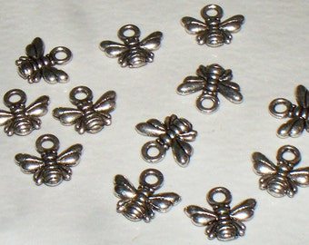 8 Small Antiqued Silver Bee Charms