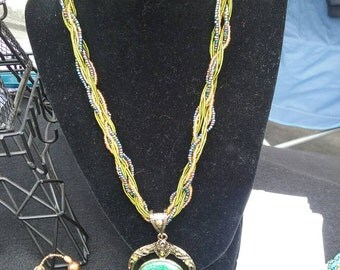 Beautiful,  long necklace,  SUPER light. . Nice for day or night!