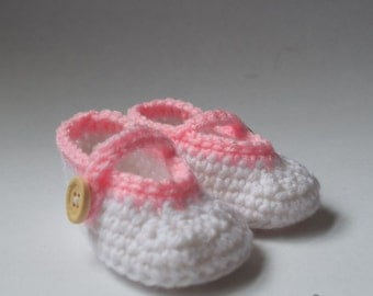 Baby Mary Jane Shoes (Crochet)