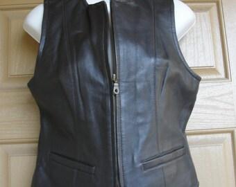 Wilsons Medium Brown Leather Vest Sleek Stylish 80's 90s Medium Sleeveless
