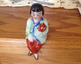 Vintage  Asian  Geisha Girl Shelf Sitter figurine - Japan Red