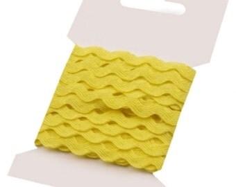 Yellow Ric Rac Ribbon Decorative Trim - 5mm x 3 Metres