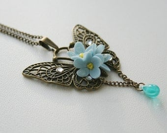 Bronze butterfly necklace with flowes, butterfly jewelry, butterfly statement pendant, vintage necklace, butterfly charm, forget me not