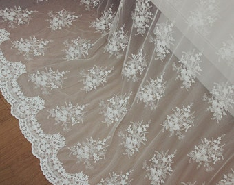 Delicate Floral Lace Fabric in Off white, Retro Scalloped Edge Tulle Fabric, Bridal Dress Lace Fabric