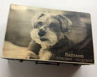Pet Urn, Dog Urn, Cat Urn, Urn, Pet, Pets, Pet Cremation Urn, Keepsake Box, Wood Pet Urn, Pet Memory Box, Maggies Memories, Memorial Urn