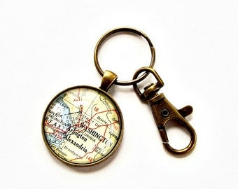 Personalized Map Keychain / Christmas Gifts for Dad / Mens Stocking Stuffers / Coworker Gifts / Gift for Boss / Moving Away Gift