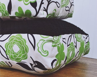 Green Floral Dog Bed (Small)