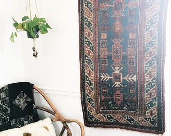 Vintage Tribal Kilim Rug