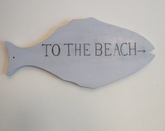 "Wooden Fish ""To The Beach"" Sign"