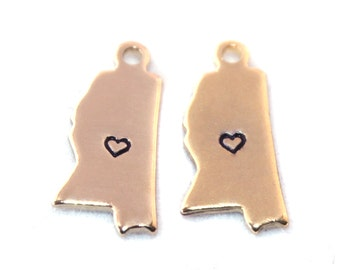 2x Gold Plated Mississippi State Charms w/ Hearts - M115/H-MS