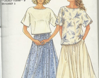 Simplicity 7141   Misses 'So Easy'    Skirt and Top Pattern   Size 8-20   ( Cut to 10)