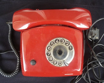 Red Retro Rotary Telephone from the 80s with a cable / Ring Phone/ Working