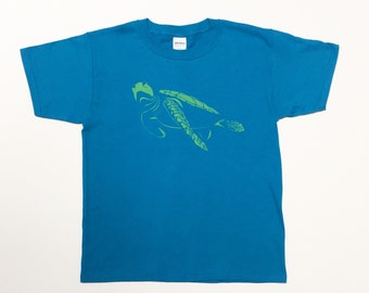 Youth Sea Turtle t-shirt animal print boys girls gender neutral